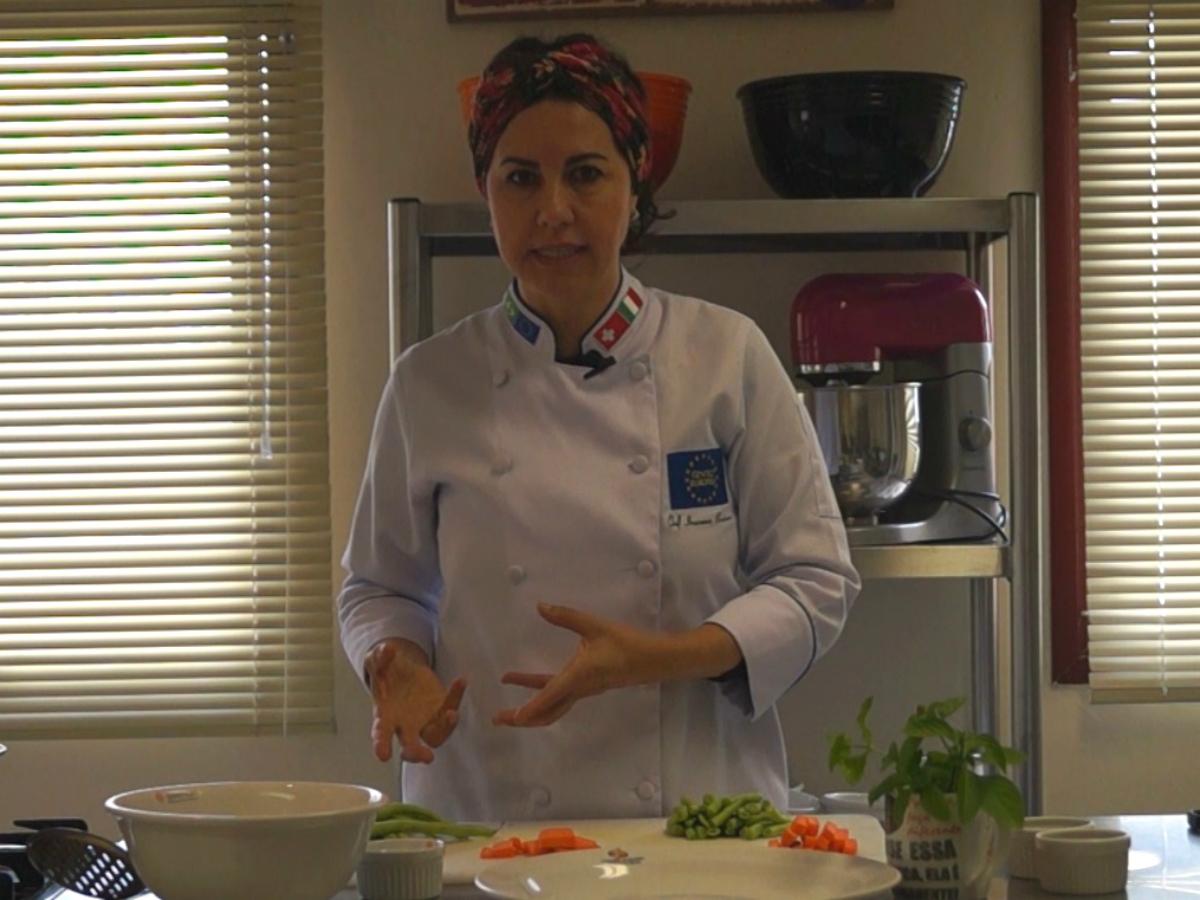 Professora de gastronomia do Centro Europeu, Iracema Bertoco, compartilha dicas valiosas