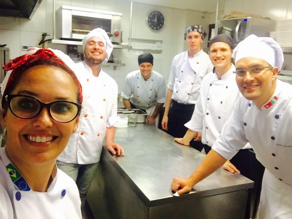 estagio-em-gastronomia-e-porta-de-entrada-para-os-desafios-de-quem-trabalha-dentro-da-cozinha
