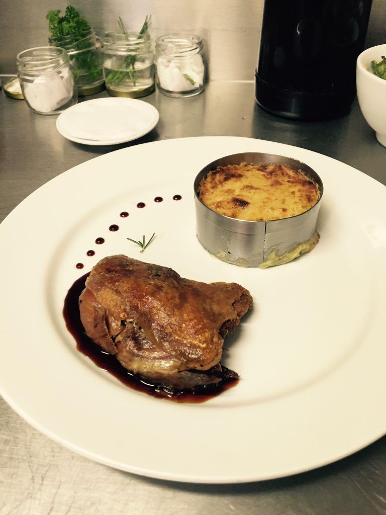 estagio-em-gastronomia-e-porta-de-entrada-para-os-desafios-de-quem-trabalha-dentro-da-cozinha_