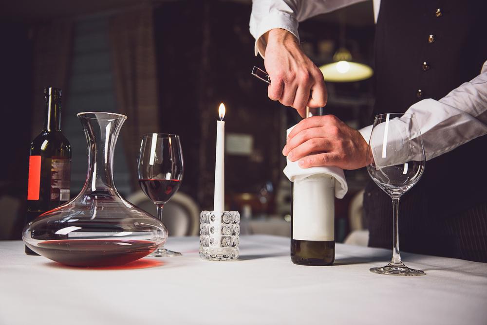 7 acessórios para degustar vinho como um profissional