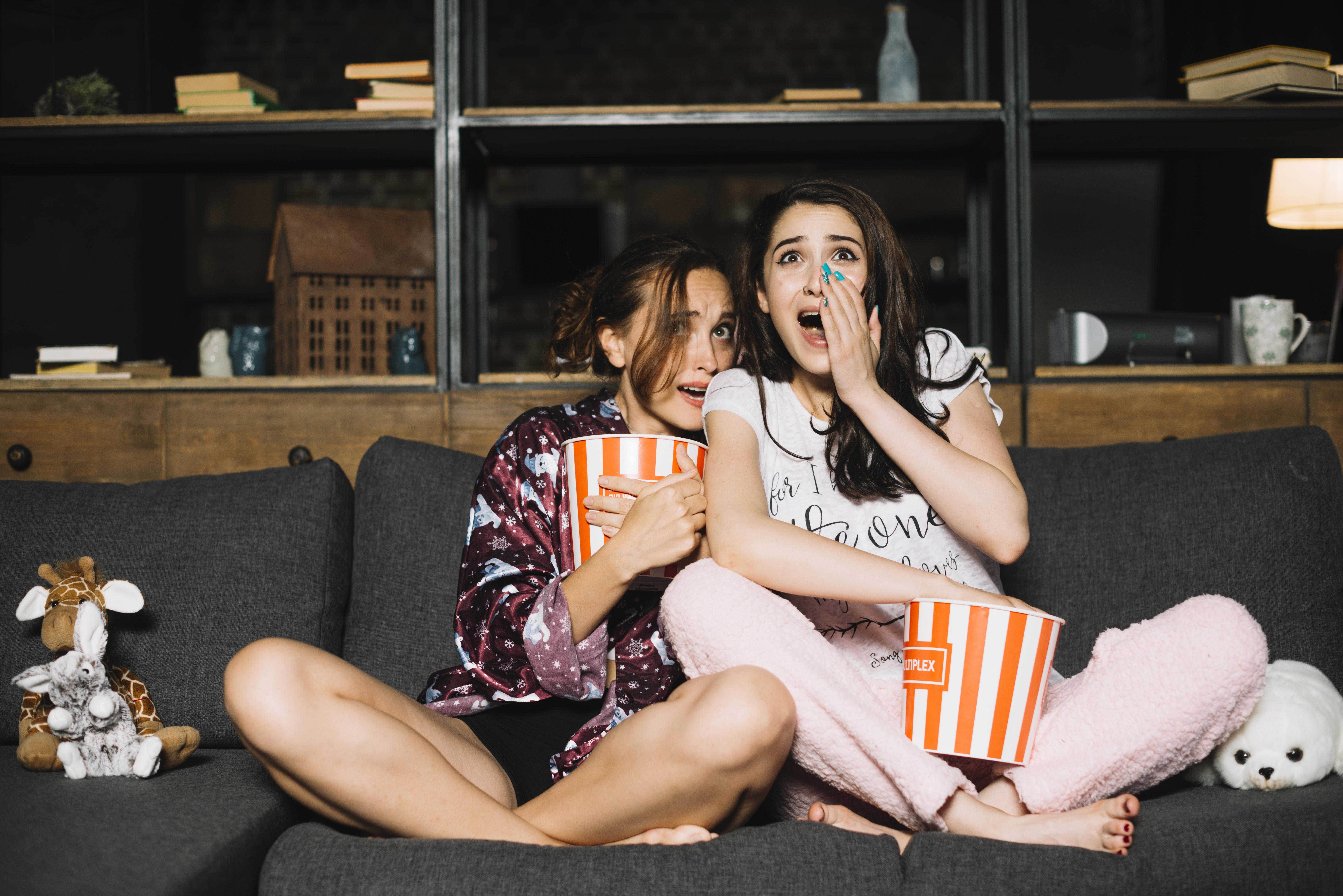 5 filmes e séries para aterrorizar o seu feriado!